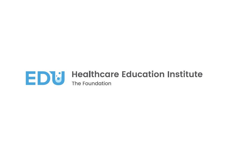 Instytut Edukacji Zdrowotnej - logo w wersji angielskiej